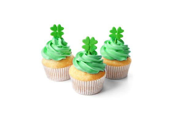 Green frosted St. Patrick's Day cupcakes